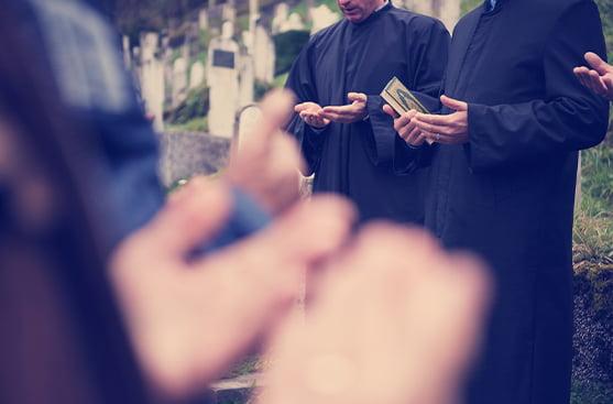 """mezarlık cenaze duası imam yasini şerif mezarlıkta ne okunur cenaze """"cenaze nakli"""" türkiyeye cenaze nakli"""
